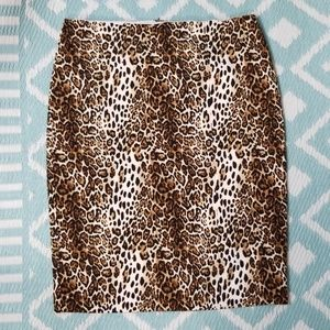 WHBM sz 14 Pencil Cheetah Skirt Career